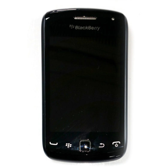 BlackBerry Curve 9380 (7)