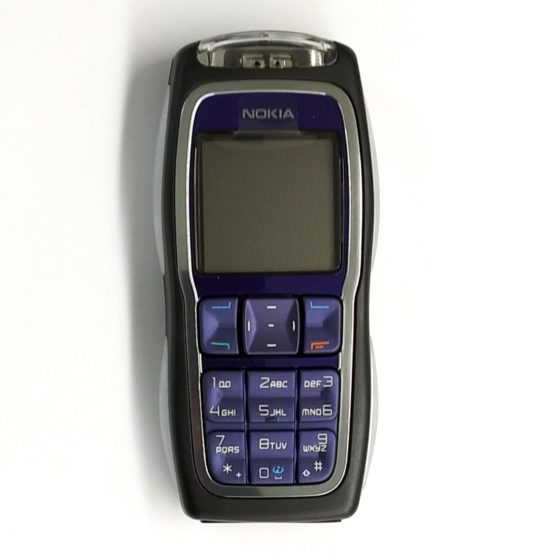NOKIA 3220 UNLOCKED ASIAN EUROPEAN GSM DUAL BAND,SOLID COLOR SCREEN  CELLPHONE
