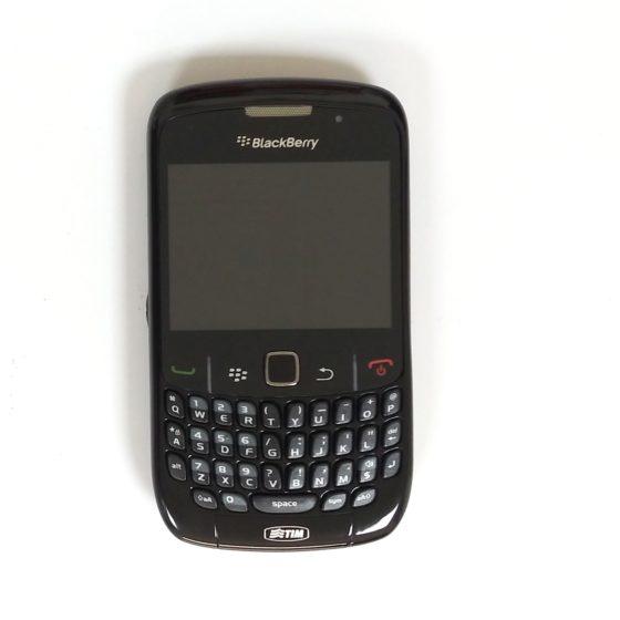 BlackBeryy Curve 8520 Black (9)