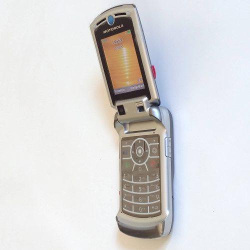 Motorola V3x Ash Color Brand New WWW.CellCityOnline.Com (7)